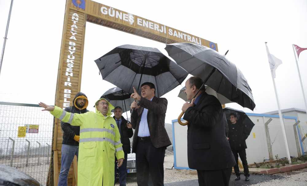 Başkan Menderes Türel Projeleri İnceledi