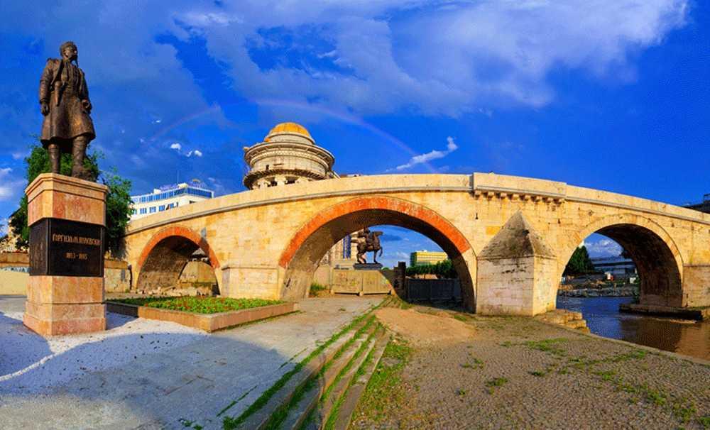 AB'li turist en fazla Makedonya'da geceledi