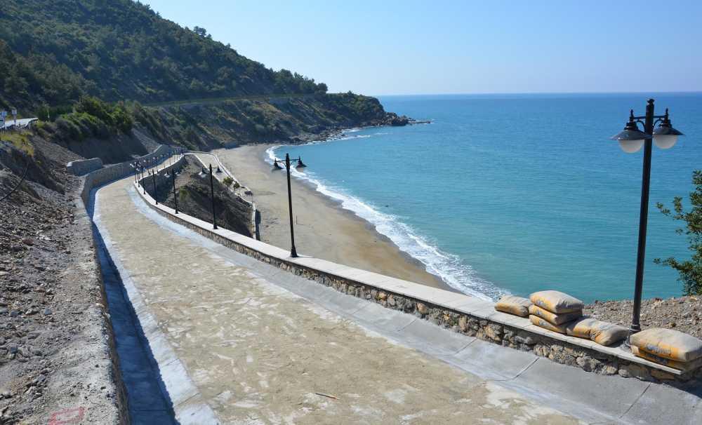 Antalya'nın 'Uğrak Kadınlar Plajı' Sezona Hazırlanıyor