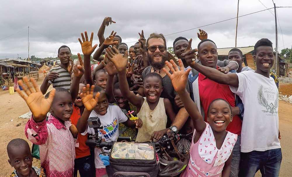 Dünya basını Hasan Söylemez'in Afrika'da yaptıklarını konuşuyor!