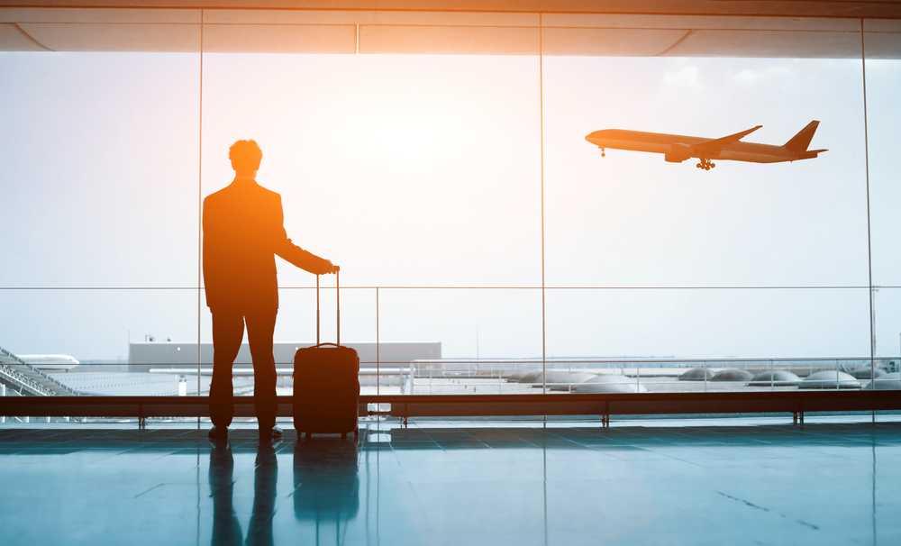 Kadınlar Erken, Erkekler Son Dakikada Uçak Bileti Alıyor