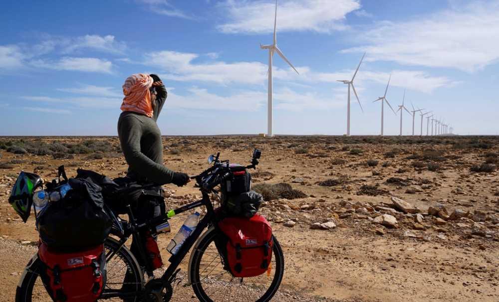 Sahra Çölünü Bisikletle 42 Günde 1850 Km Pedal Çevirerek Geçmeyi Başardı