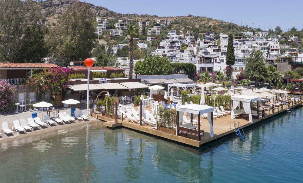 Türkbükü'nün En Yenisi 'Sets Bıtes & Beach'