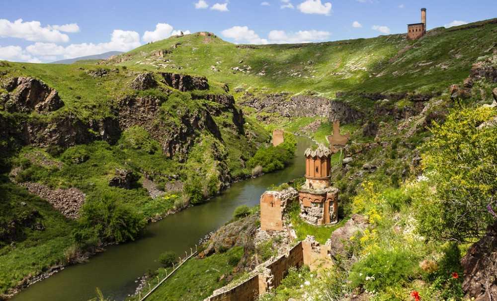 UNESCO Dünya Mirası Ani'yi Görmenizin Vakti Geldi