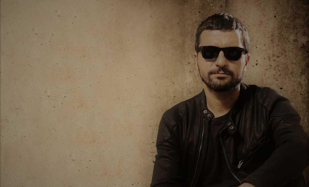 Akustik Performansı ile Mehmet Erdem Bir Kez Daha Bleu Lounge'da