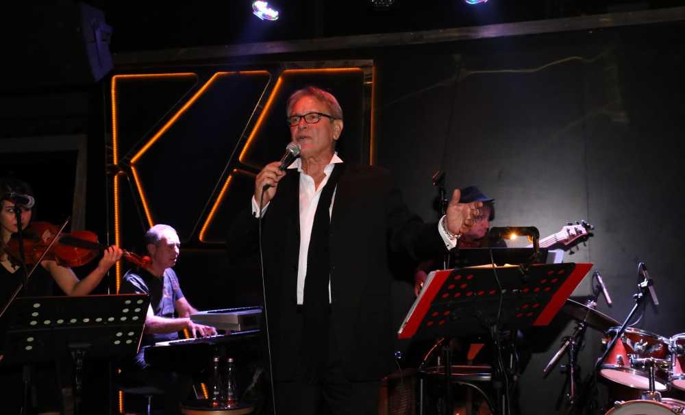 Neco 30 Kasım Çarşamba akşamı Frankie İstanbul sahnesinde