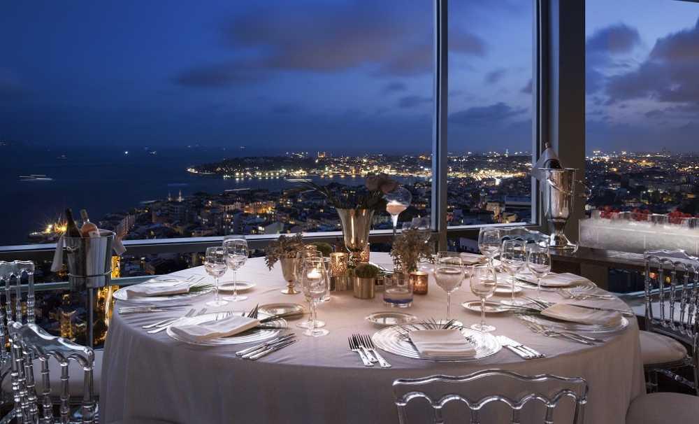 The Marmara Taksim'de Aşkın En Romantik Halini Yaşayın...