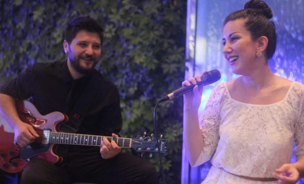 The Rıtz-Carlton İstanbul-Bleu Lounge'da Canlı Müzik Günleri Başlıyor