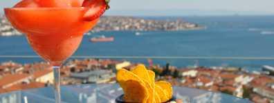 Conrad İstanbul Bosphorus Summit Bar & Terrace'da Eğlence Bitmiyor