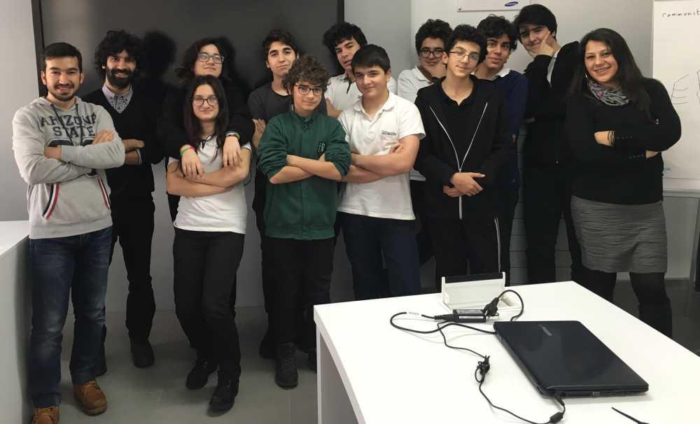 Darüşşafaka ve Turkcell  teknolojiyi eğitimle birleştirdi