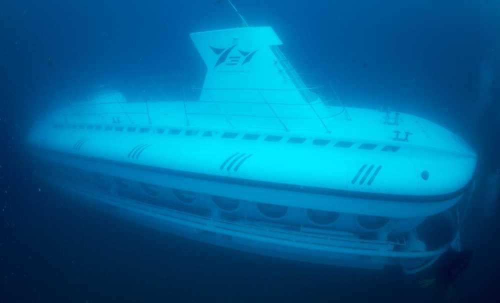 Türkiye'nin Sahip Olduğu İlk Turistik Denizaltı  'Nemo Primero' St. Didier Batığı'na Dalıyor