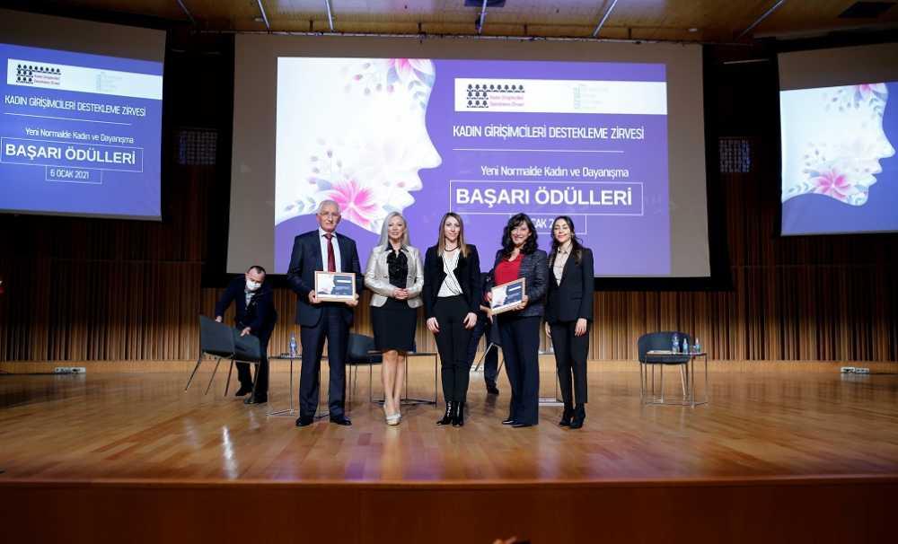 Kadın Girişimciliğine Destek Zirvesi ve Ödül Töreni'nde 25 kategoride 25 kadına ödül verildi...