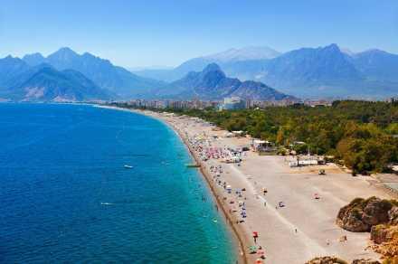 Antalya Yeni Sezonda Turistleri Ağırlamaya Hazır