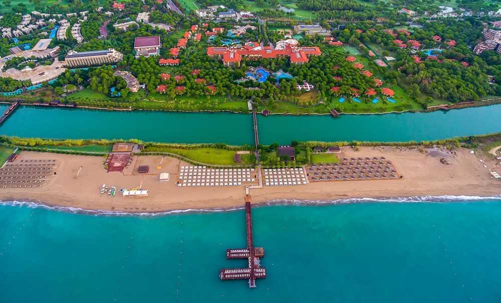 Gloria Hotels&Resorts bünyesinde yer alan Gloria Golf Resort 10 Ağustos'ta açıldı.
