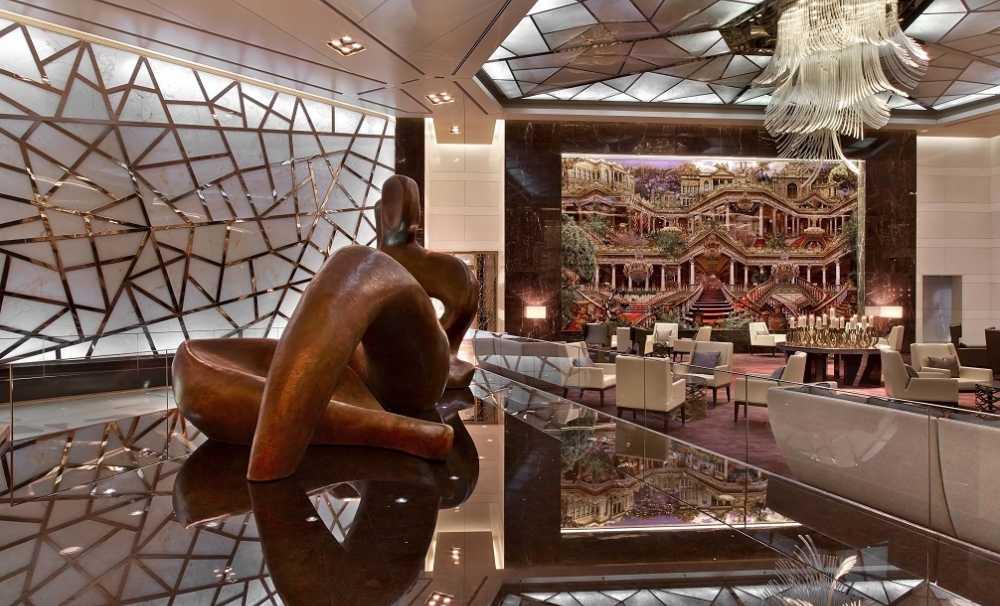 """Raffles İstanbul """"Türkiye'nin 1 numaralı oteli"""" unvanı ile Avrupa ve  Dünyanın En iyi Otelleri Arasında..."""