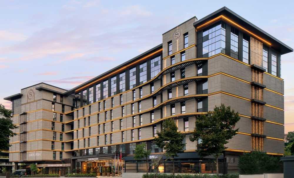 Şehrin Kalbinde Yeşile Açılan Bir Otel! Sheraton Istanbul City Center,
