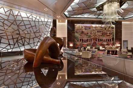 """Raffles İstanbul """"Türkiye'nin 1 numaralı oteli"""" unvanı ile Avrupa ve  Dünyanın En iyi Otelleri Arasında…"""