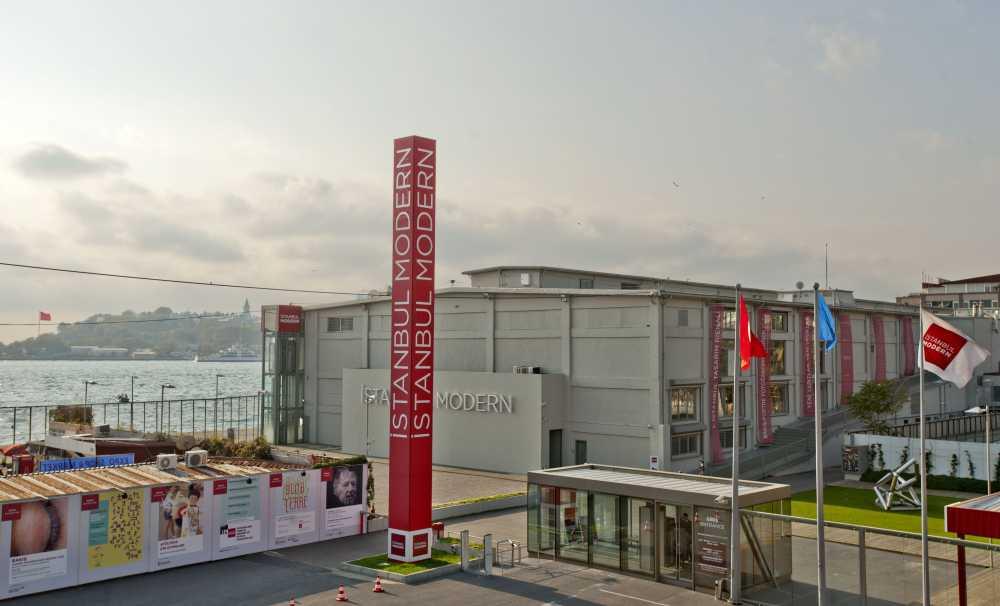 İstanbul Modern'in Yeni Müze Binası için İmzalar Atıldı