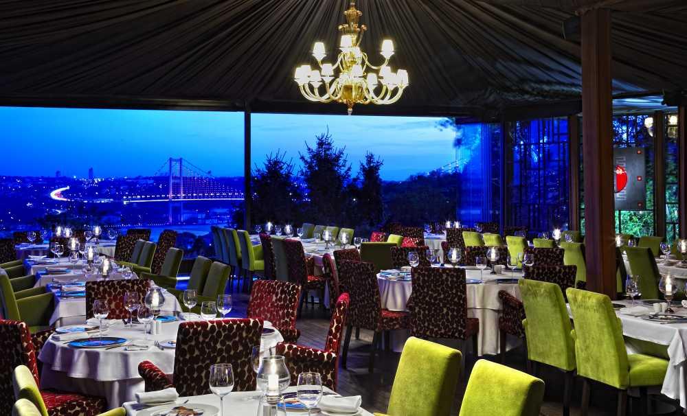 'Karim for Kayra' kadehler seçkin restaurantlarda servise sunuluyor