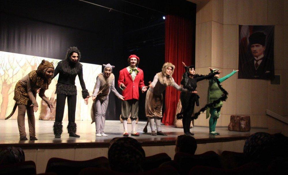 Sakaryalı minikler Bosch Çevre Çocuk Tiyatrosu ile eğlenirken öğrenecek