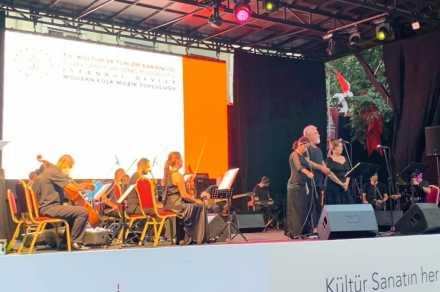 TÜROB paydaşlığıyla kurulan Beyoğlu Talimhane Sahne hayata geçirildi…
