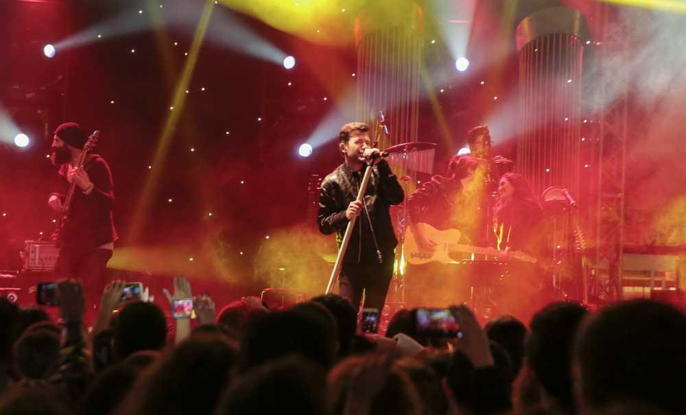 Aşk Yalın'la Kanyon'da Konserine Yoğun İlgi