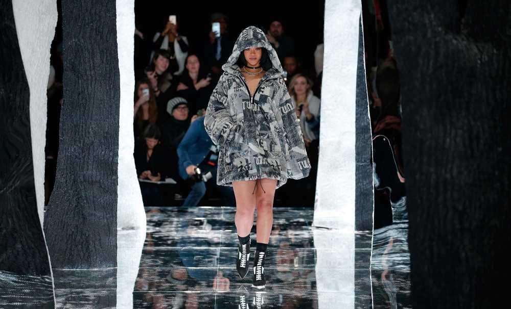 Puma By Rıhanna Sonbahar-Kış 2016 Koleksiyonu New York Moda Haftası'Nda Görücüye Çıktı
