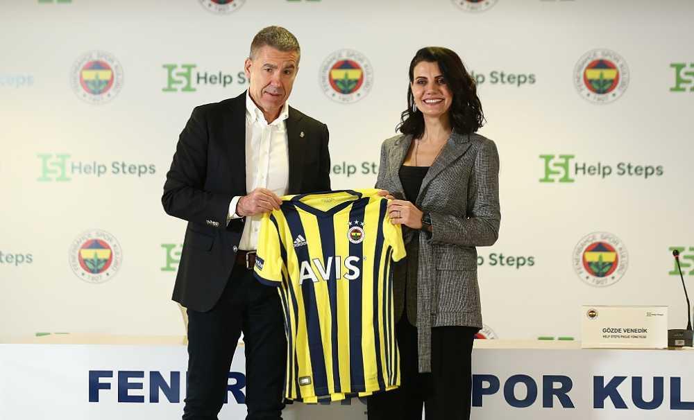 Fenerbahçe taraftarıkulüpleri için 9,6 milyar adım attı