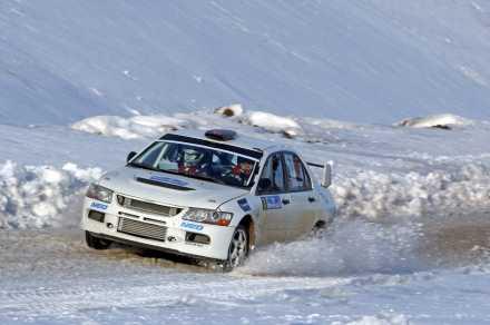 ralli sezonu karlar uzerinde aciliyor 5e43161b8026f - Ralli Sezonu Karlar Üzerinde Açılıyor...
