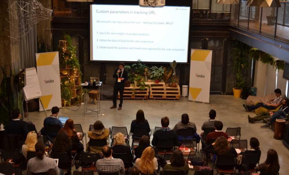 Teknoloji Çalışanları Yandex'le Dijital Analitik Semineri'Nde Buluştu