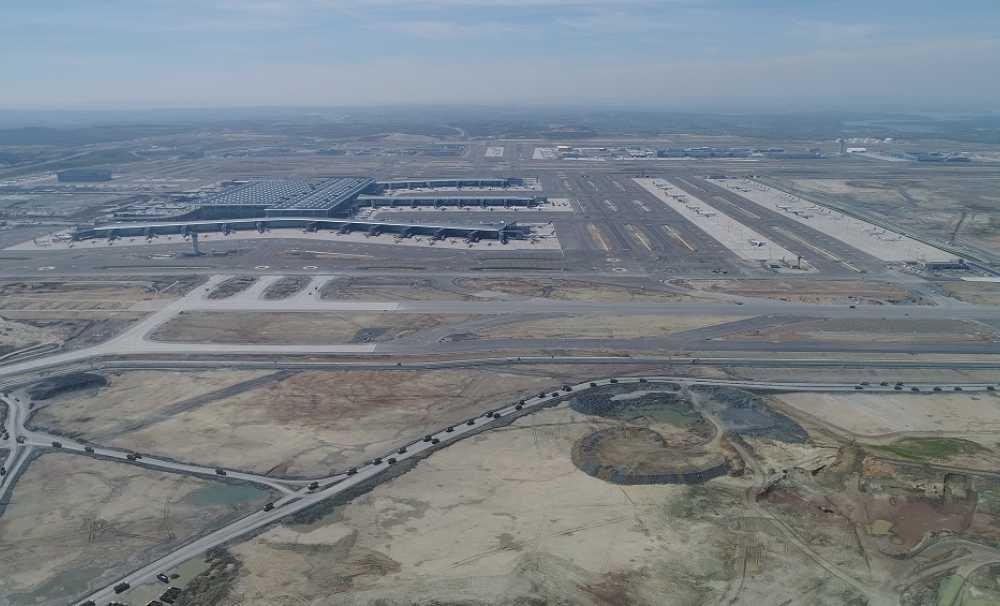 İstanbul Havalimanı'nın 3. pisti  18 Haziran 2020'de  hizmete alınacak...