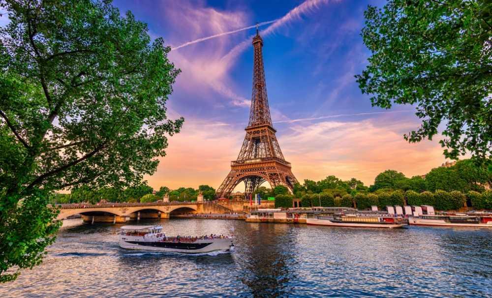 SunExpress ile Antalya – Paris uçuşları başladı....