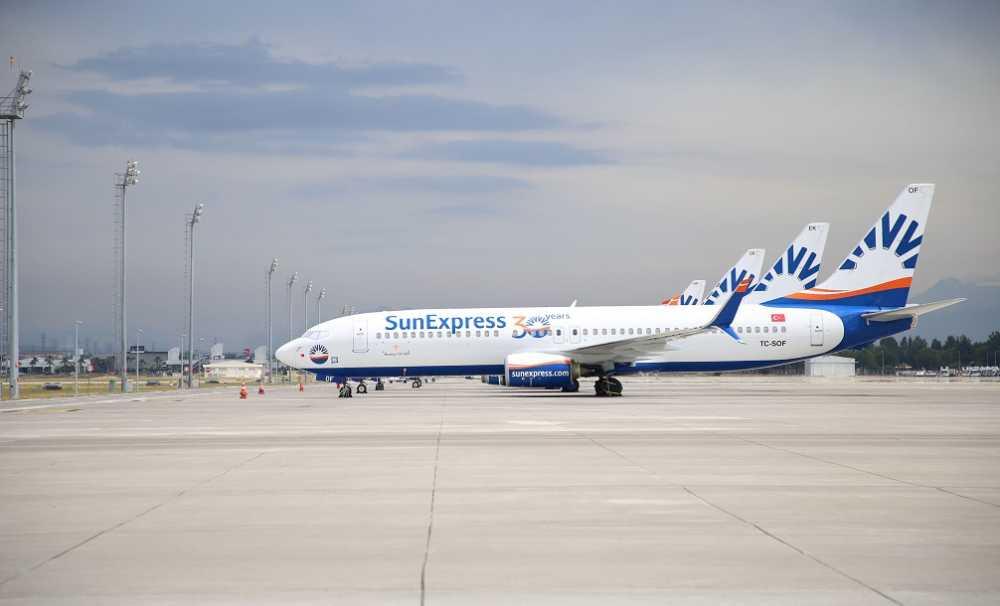 SunExpress kademeli olarak dış hat uçuşlarını başlattı.