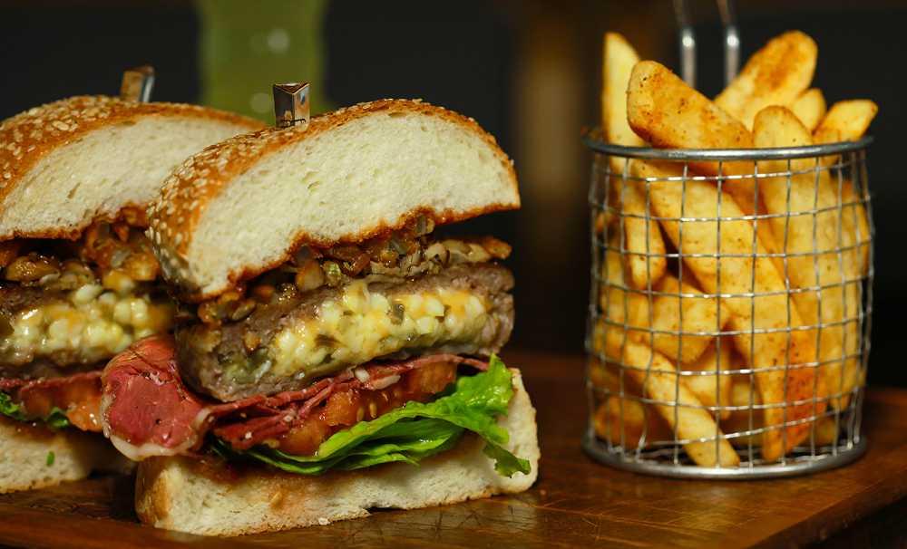 HuQQabaz'ın Burger Menüleri Lezzet Avcılarının Radarında